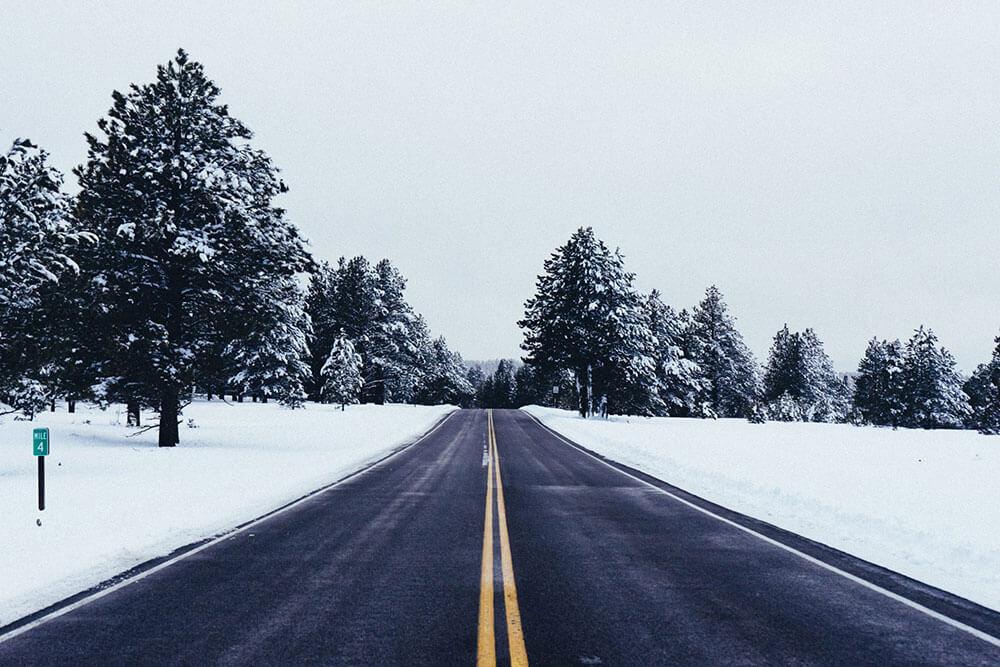 Snow on a Nashville road